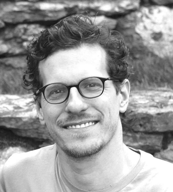 A portrait of author and illustrator Brian Selznick.