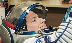 Expedition 43 NASA Astronaut Scott Kelly prepar... (72595)