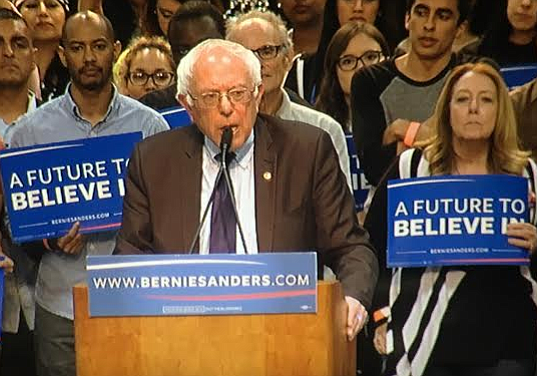 Democratic presidential candidate Bernie Sanders speaks to thousands of suppo...