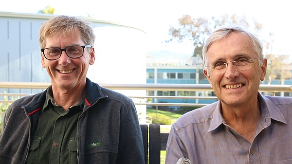 Professors Ralph Keeling and Ray Weiss, both geochemists ...