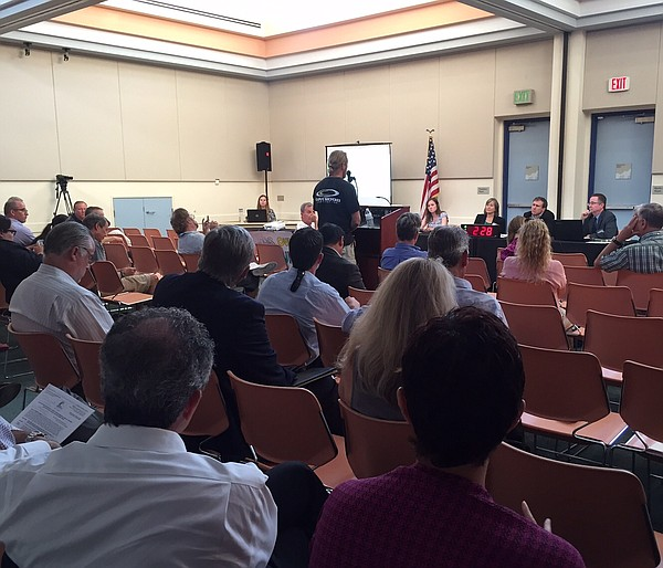 A State Lands Commission scoping meeting on Souther Calif...