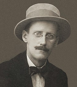 A photo of author James Joyce, taken by Alex Ehrenzweig in 1915.