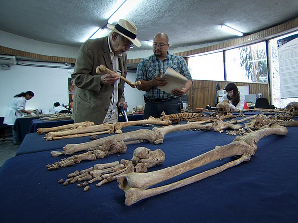 Dr. Clyde Snow with director of Guatemalan Forensic Anthr...