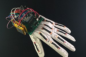 This 'Smart Glove' Can Translate Sign Language