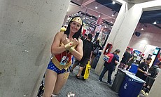 Wonder Woman, protector of the Earth, cosplay b... (104654)