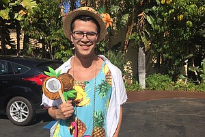 Tiki Oasis 2017: A Look At The Most Tiki Outfits