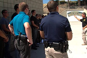 San Diego Law Enforcement Teams With Mental Health Workers For Psychiatric Em...