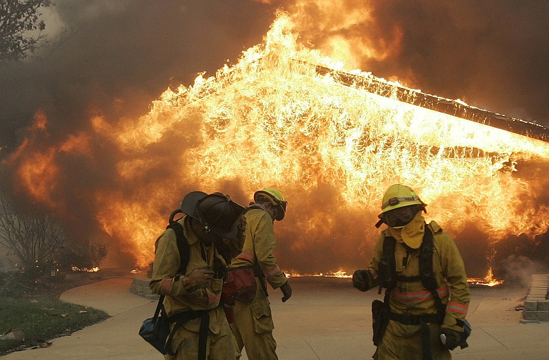 10 Years Ago: Firestorms Ravaged San Diego County | KPBS