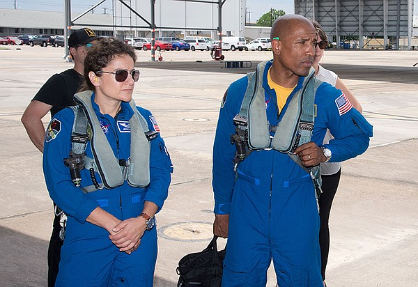 Jessica Meir and Victor Glover.