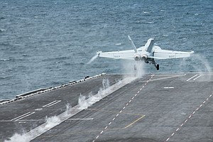 Photo for Report: Lack Of Experience, Poor Communication Led To Ditching Of USS Vinson ...