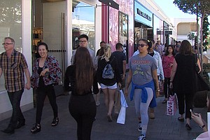 San Diego Shoppers Notice Smaller Crowds On Black Friday