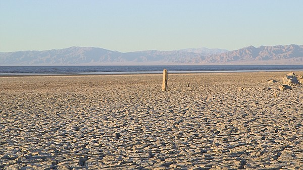 Wide shot of the Salton Sea, Dec. 7, 2017.