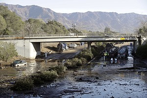 California Officials Lifting Some Mudslide Evacuations