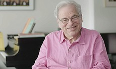 Itzhak Perlman reveals his favorite memories fr...