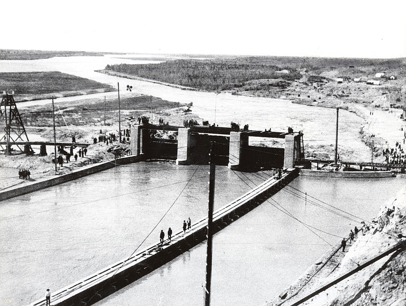 The Laguna Dam in an undated, historic photo.
