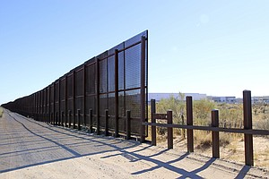 Photo for Border Patrol: Wall In New Mexico To Be 'Serious Structure'
