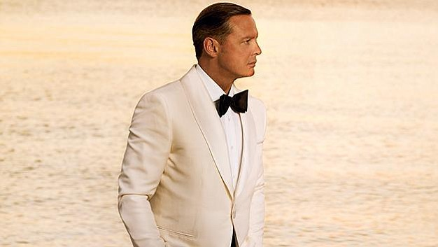 A promotional photo of Luis Miguel.