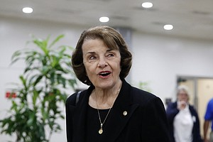 Democrat Feinstein Wins California US Senate Primary