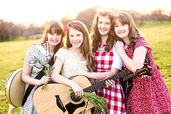 A 2018 promotional photo of the GillyGirls Band.