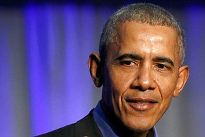 Photo for Obamas Step Up Political Efforts Ahead Of Midterms