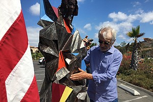 Community Leaders Plan To Build West Coast Statue Of Libe...