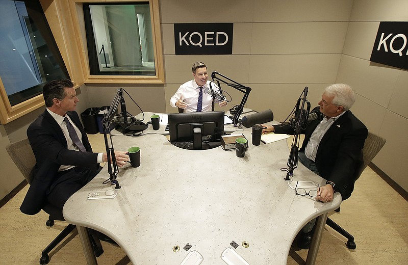Radio host Scott Shafer, center, speaks before moderating a California gubern...