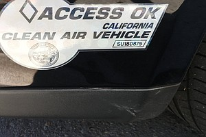 Photo for 220K California Drivers Set To Lose HOV Decals In January