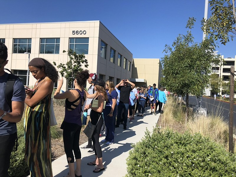 San Diego residents line up to vote at the San Diego Registrar of Voters, Nov...