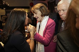 California Elects Feinstein To 5th Full US Senate Term