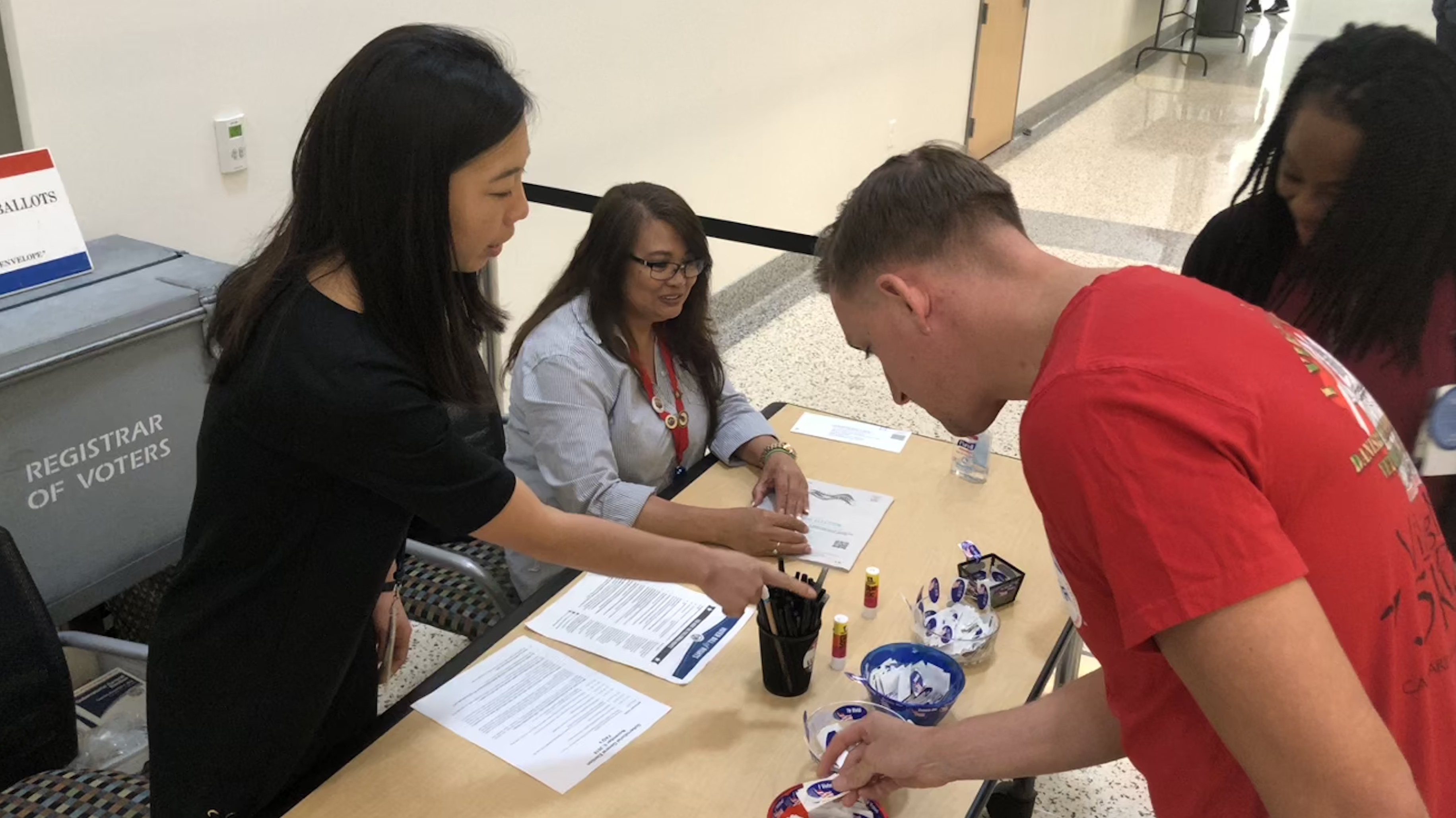 California May Join Other States In OKing 17-Year-Old Voters
