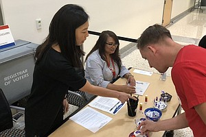 Photo for Returned Ballots Surpass 1 Million In San Diego One Day Ahead Of Election