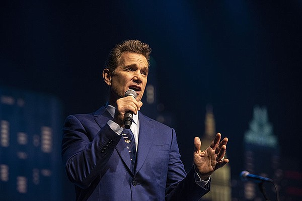 Chris Isaak hosts the ACL Hall of Fame New Year's Eve con...
