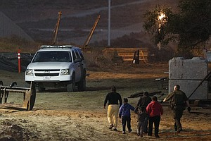 Photo for Border Patrol: More Families Cross Illegally To San Diego