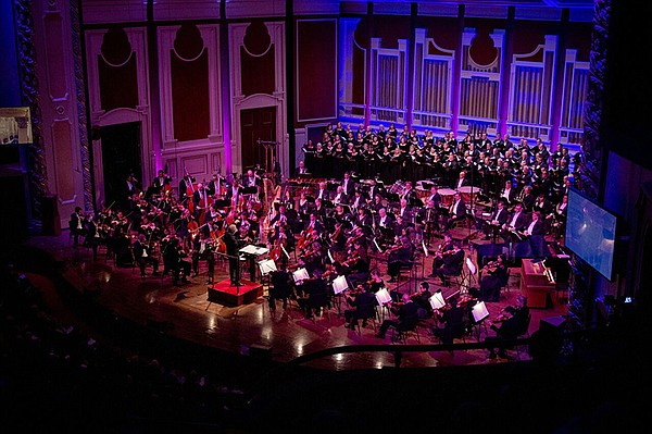 The Pittsburgh Symphony Orchestra and the Mendelssohn Cho...
