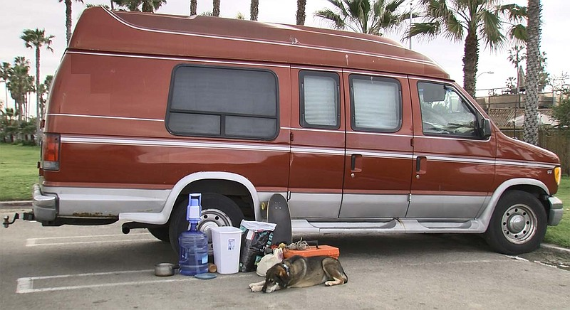 Photo of van parked in Ocean Beach, March 19th, 2019.