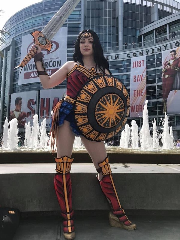 This Wonder Woman cosplayer made her costume out of tiny ...