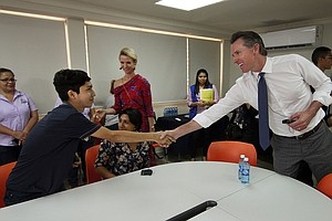 California Gov. Newsom Meets Salvadorans Who Tried To Rea...