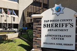 Photo for San Diego Sheriff To Comply With Federal Order To Release Migrant-Arrest Data
