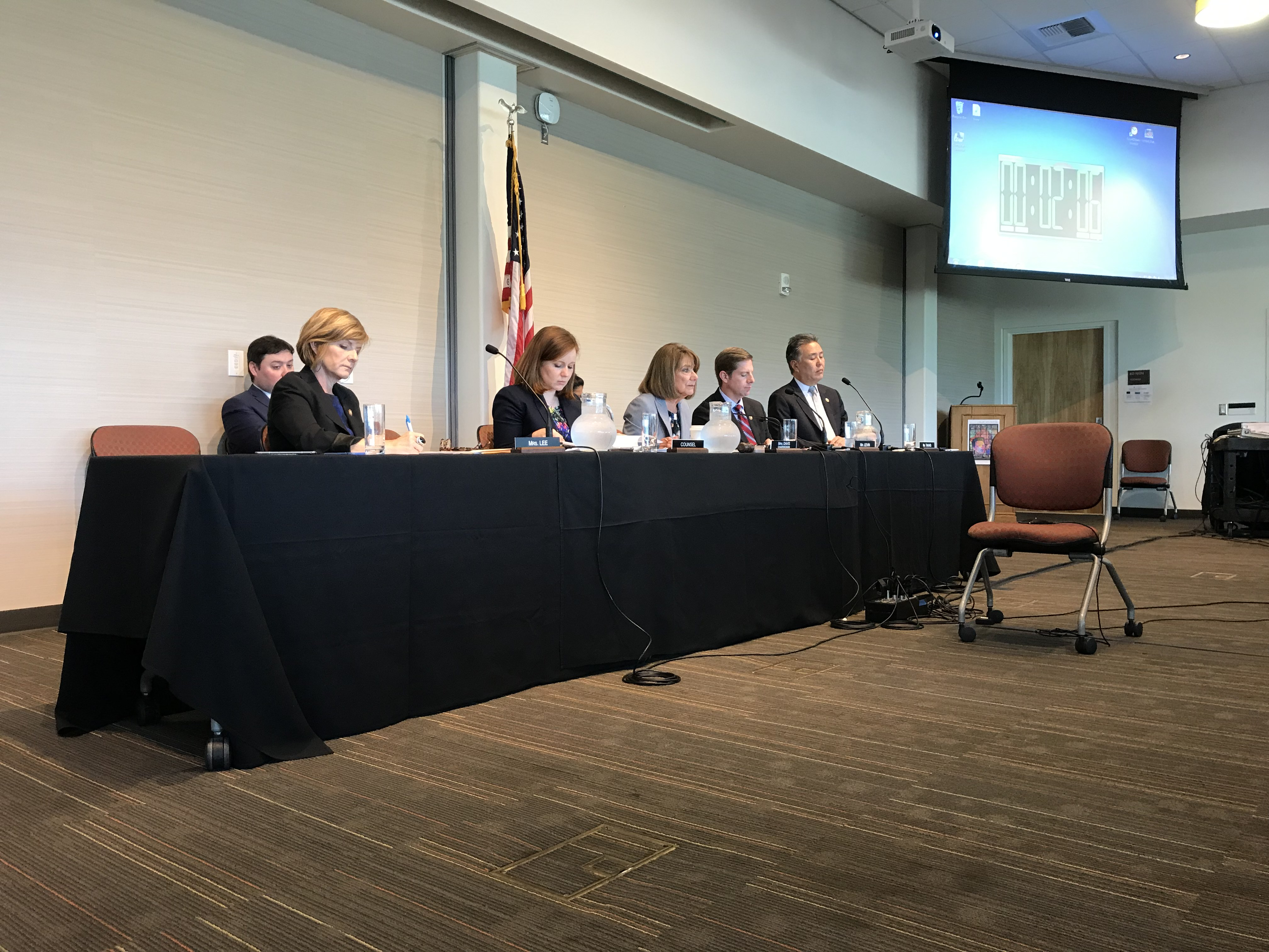 Congressional Hearing In San Diego Hears Concerns Of Veteran Student Loans