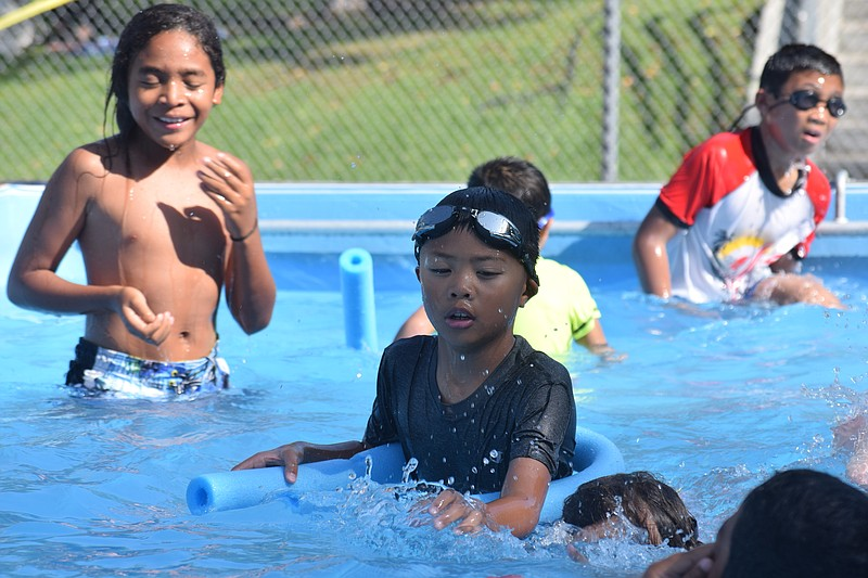 Children swimming in the city of San Diego Parks and Recreation Department's ...