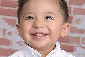 2-Year-Old Boy Dies, Three Others Sick From E. Coli At Sa...