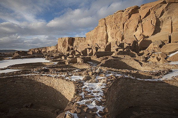 Pueblo Bonito in winter, Chaco Culture National Historica...