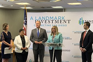 Photo for Airport Authority Announces $500M Funding Pact With Airlines for Transit Proj...