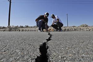 Photo for Shakeout Earthquake Drill Draws Fewer California Residents