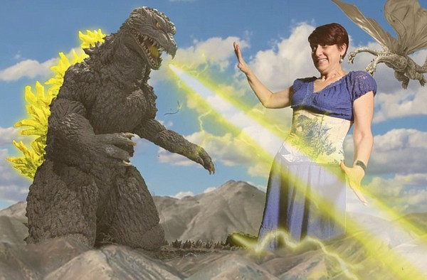 Godzilla 2000 and Cinema Junkie Beth Accomando battle it ...
