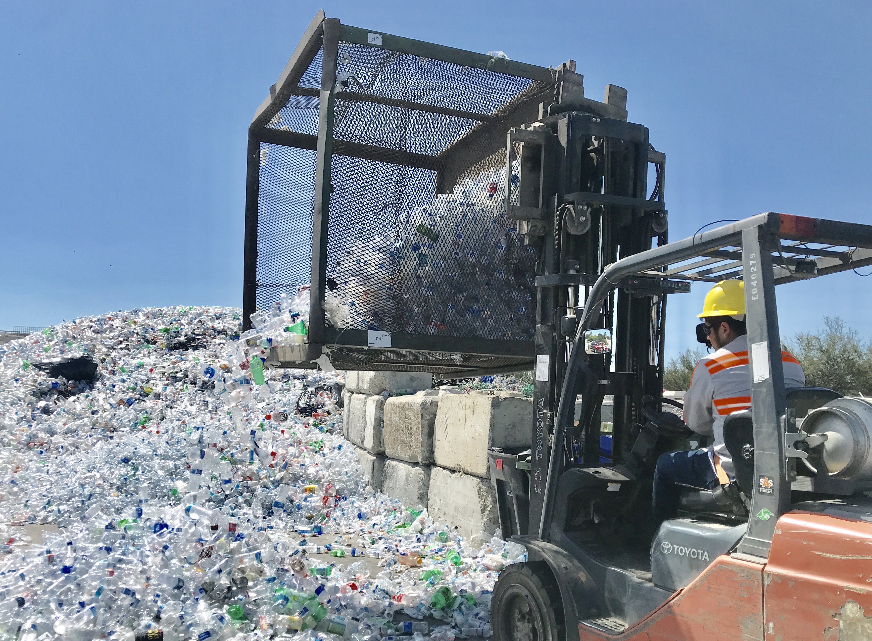 California May Require Beverage Makers To Handle Recycling
