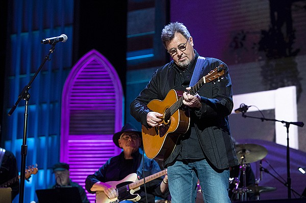 Vince Gill performs at