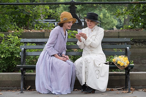 Shown from left to right: Elizabeth McGovern and Blythe D...