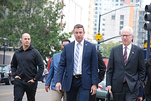 Photo for Duncan Hunter Seeking Prison Delay Because Of Coronavirus Pandemic