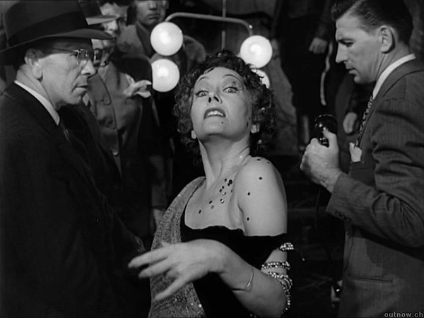 Gloria Swanson as Norma Desmond famously waiting for her ...
